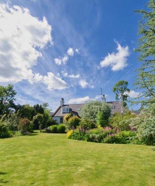 Greenden Farmhouse garden view